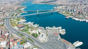 İstanbul'da cadde, meydan, park ve sahiller boş kaldı