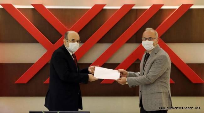 Rektör Prof. Dr. Yavuz Ünal Rektörlük Mazbatasını Aldı