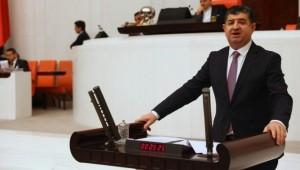 """""""Alanya Okul Müdürünün Tepki Çeken Paylaşımı CHP'li ARI tarafından Meclis Gündemine Taşındı"""""""