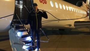 Dünyaca Ünlü Türk Futbolcu Mesut Özil Türkiye'ye Geldi