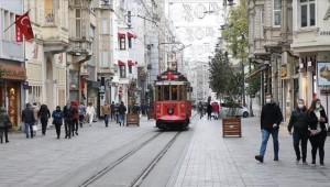 İstanbul'un Nüfusu Geçen Yıla Göre 56 Bin 815 Kişi Azaldı