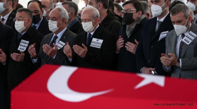 Kılıçdaroğlu, Helikopter Kazasında Şehit Düşen Askerlerimizin Cenaze Törenine Katıldı.