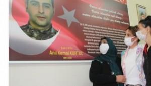 Şehit Polisin Adı Kütüphanede Yaşatılacak
