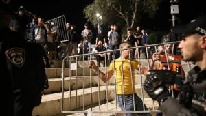 12 Gündür Verilen Mücadele Sonucunu Şam Kapısı'ndaki barikatları kaldırdı
