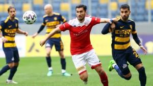 Antalyasporlu Nuri Şahin: Milli Takımda yeni jenerasyonu büyük keyifle izliyorum