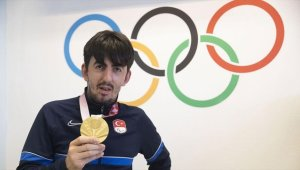 Tokyo Paralimpik Oyunları şampiyonu Öztürk: Paris'te üçüncü altın madalyayı da alıp adımı tarihe yazdırmak istiyorum