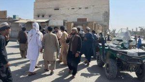 Afganistan'ın Kandahar vilayetinde camiye bombalı saldırıda en az 30 kişi hayatını kaybetti
